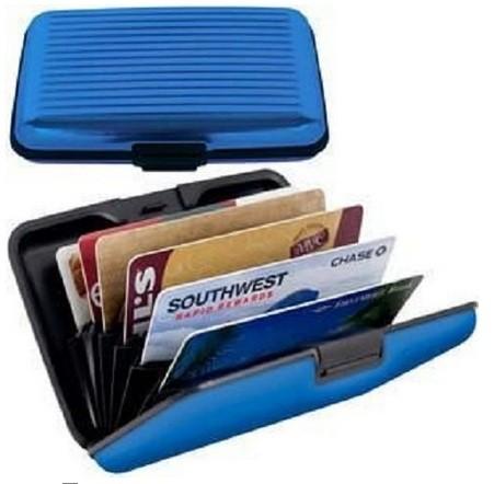 Aluminijumski novčanik za dokumenta - moderan i funkcionalan