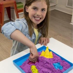 Veliki set kinetičkog peska u boji - igranje i oblikovanje