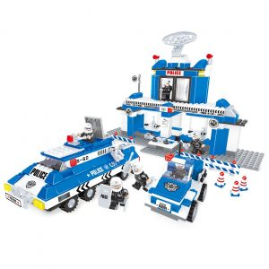 Policijska stanica set (567 kockica)