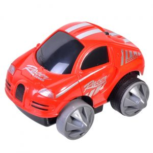 Crveni plastični automobilčić