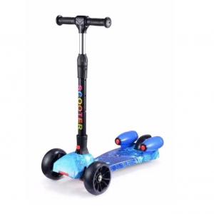 Trotinet Scooter 2019 sa vodenim raketama i zvucnim efektima1